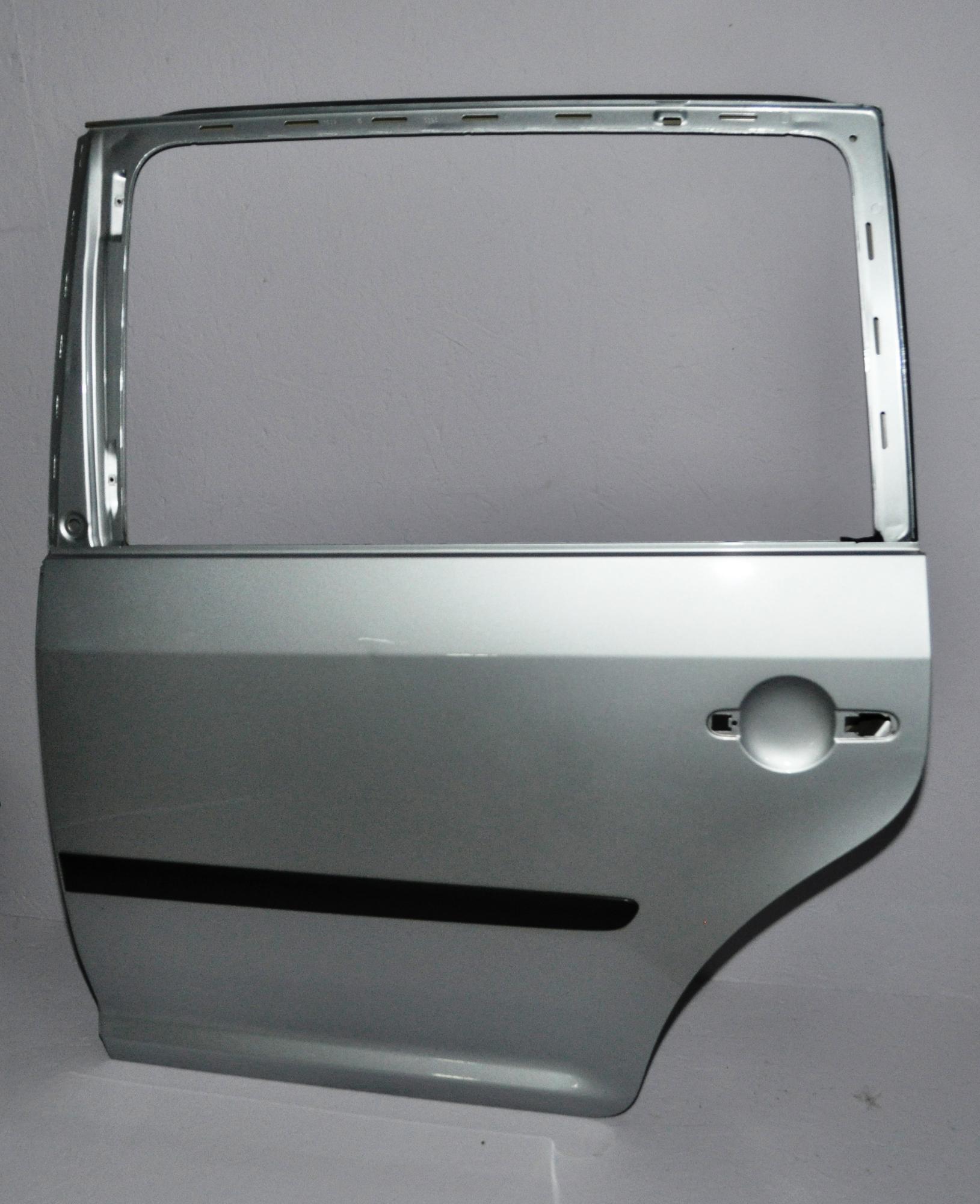 VW Touran 1T Original Tür Hinten links LA7W Reflexsilber 1T0833055R